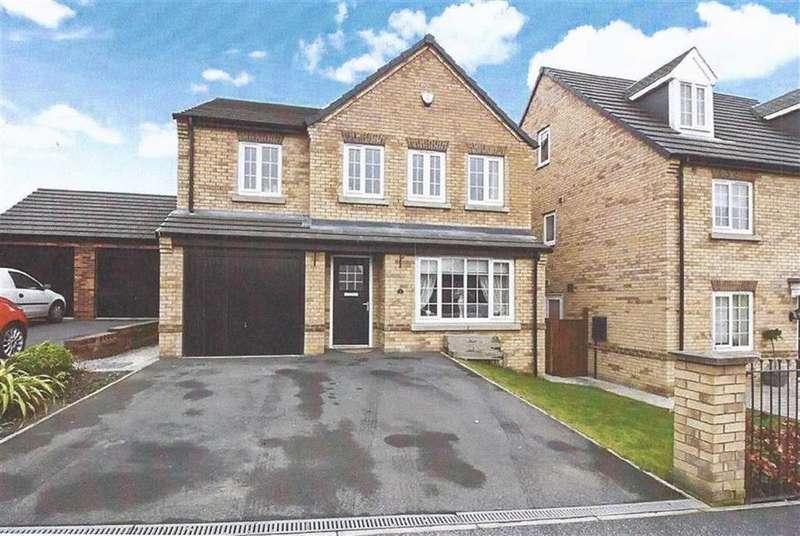 4 Bedrooms Detached House for sale in George Street, Great Preston, Leeds, LS26
