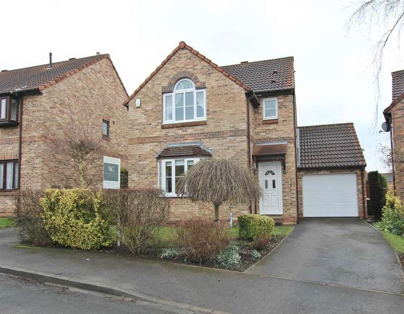 3 Bedrooms House for sale in 7 Holgate Close, Malton, YO17 7YP