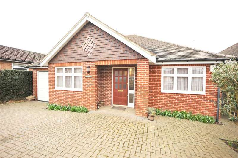 3 Bedrooms Detached Bungalow for sale in Kingsley Road, Hutton, Brentwood, Essex, CM13