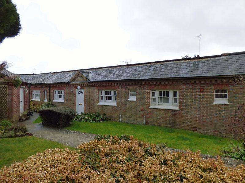 1 Bedroom Apartment Flat for sale in Chapelfields, Cuckfield, West Sussex