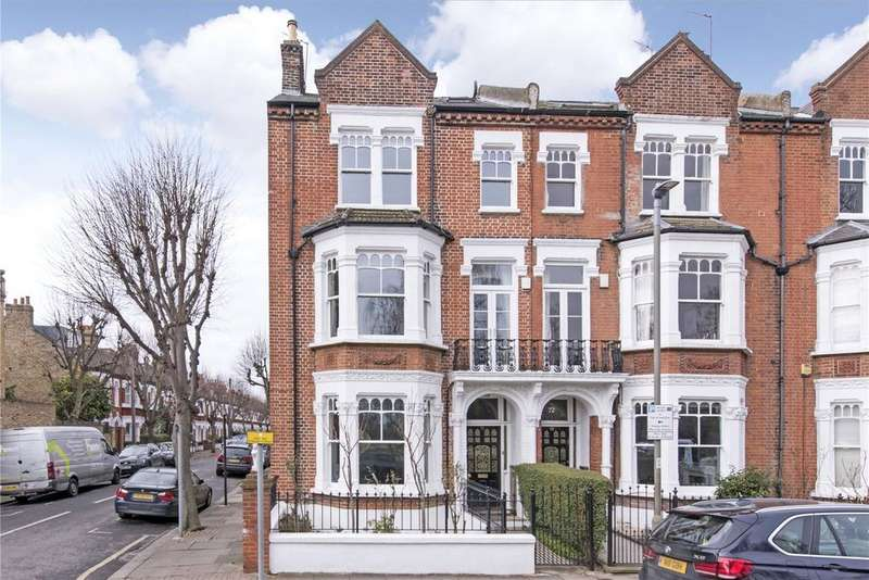 5 Bedrooms End Of Terrace House for sale in Clapham Common West Side, Between The Commons, London, SW4