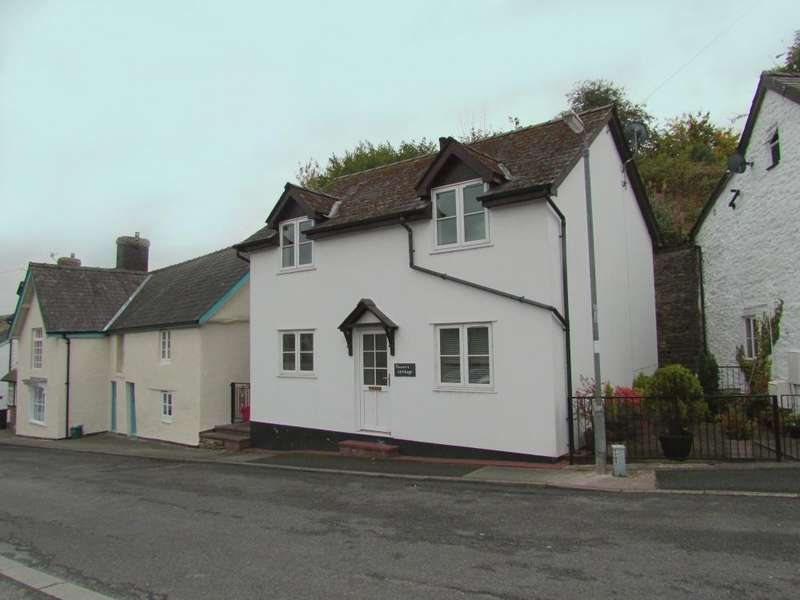 3 Bedrooms Detached House for rent in Market Street, Knighton, ld7