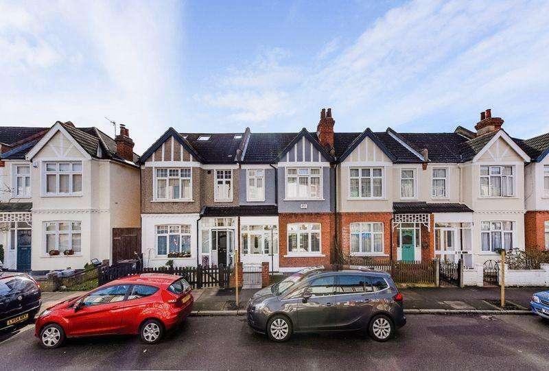 3 Bedrooms Terraced House for sale in Arrol Road, Beckenham