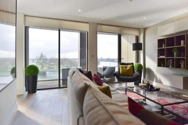 2 Bedrooms Apartment Flat for rent in Queens Wharf, 2 Crisp Road, Hammersmith, W6