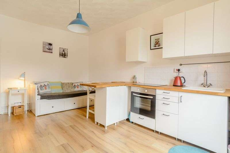Property for sale in Claude Road, Cardiff