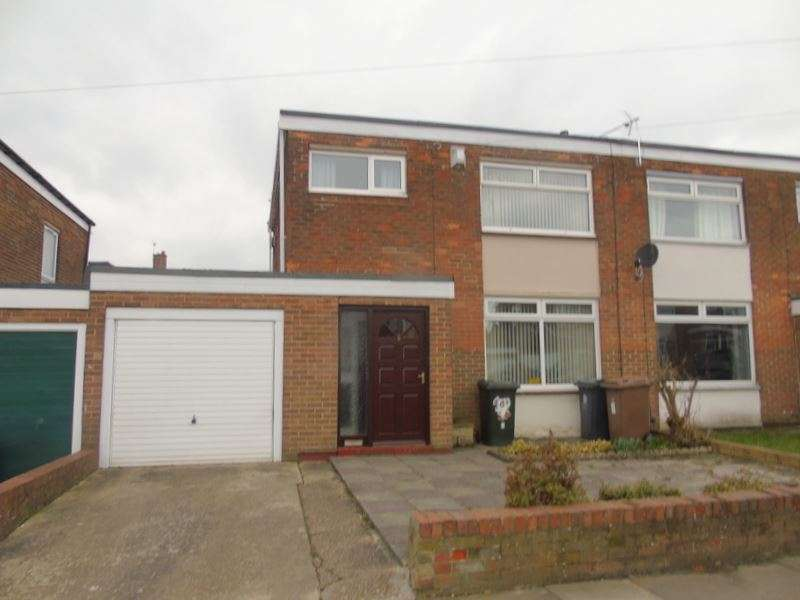 3 Bedrooms Property for sale in Ponteland Close, North Shields, Tyne and Wear, NE29 8AR