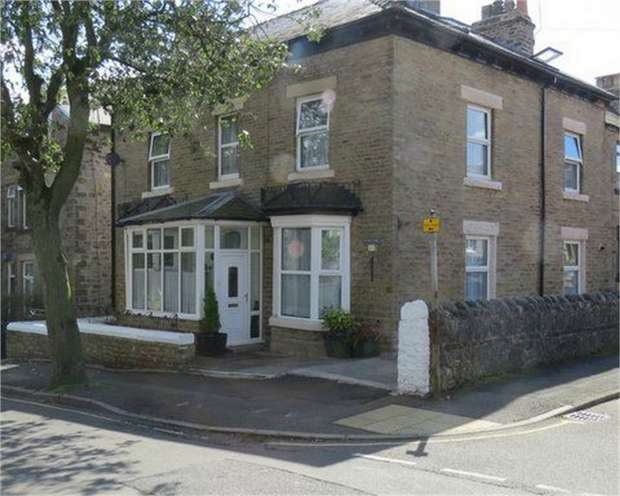 7 Bedrooms End Of Terrace House for sale in Market Street, Buxton, Derbyshire