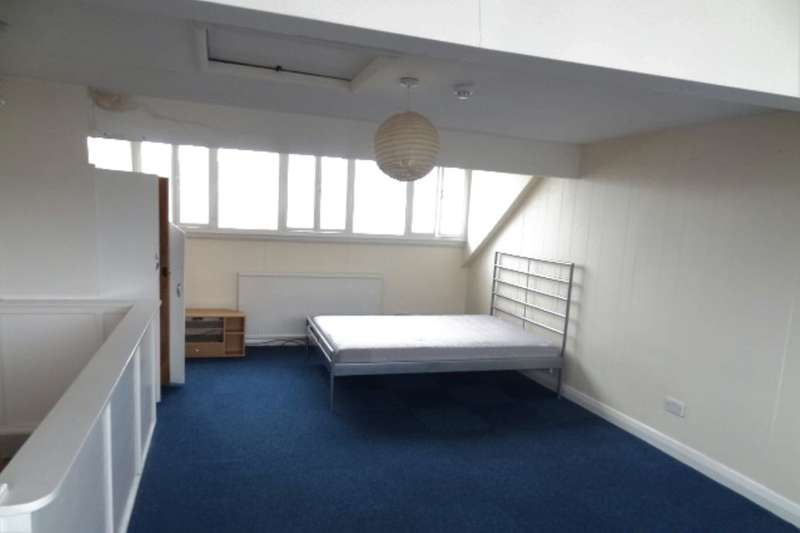 1 Bedroom Flat for rent in Park Avenue, Barnoldswick, BB18