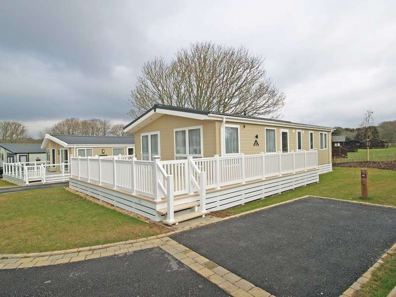 3 Bedrooms Park Home Mobile Home for sale in Naish Holiday Park, Highcliffe, Dorset