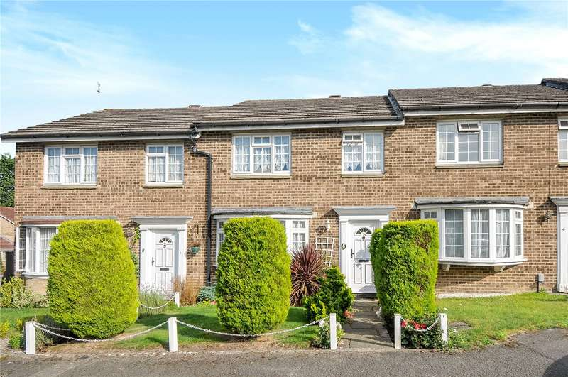 3 Bedrooms Terraced House for sale in Hatherwood, Yateley, Hampshire, GU46