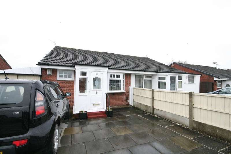 2 Bedrooms Bungalow for sale in Ovington Drive, Kew, Southport, PR8 6JW