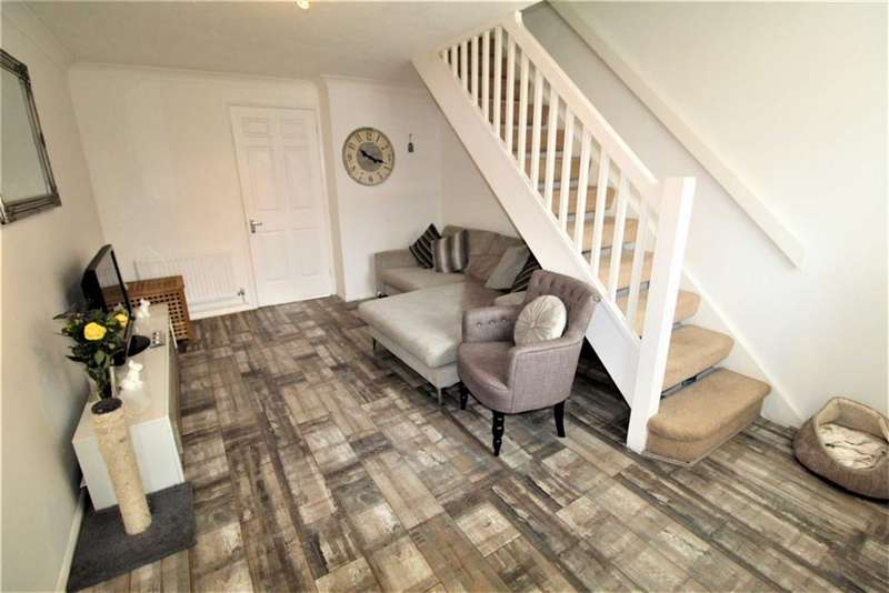 2 Bedrooms Terraced House for sale in Alder Close, Cippenham, Berkshire