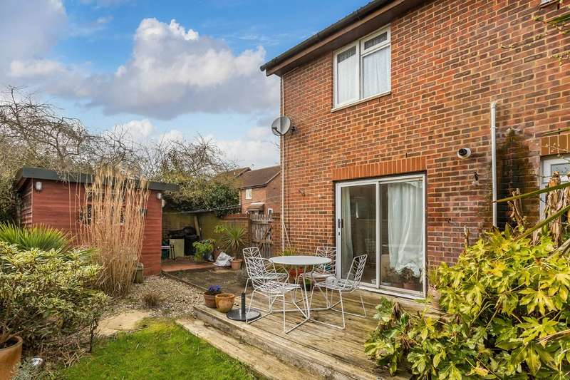 1 Bedroom End Of Terrace House for sale in Barnfield Way, Oxted