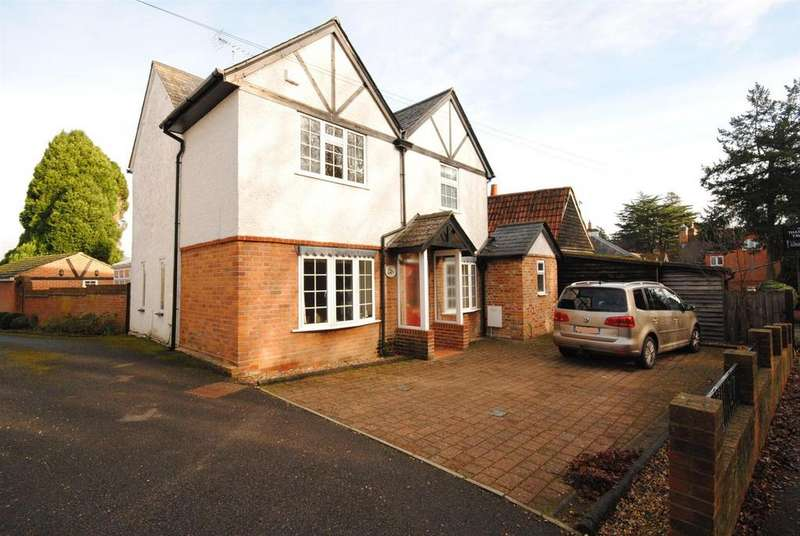 2 Bedrooms Cottage House for sale in 87 Cheapside Road, Ascot, Cheapside
