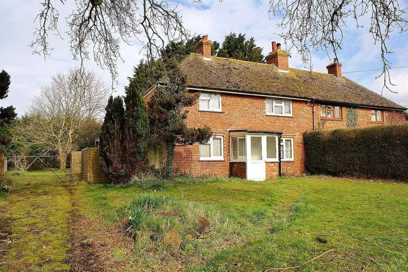 3 Bedrooms Semi Detached House for sale in Hill Lane, Barnham