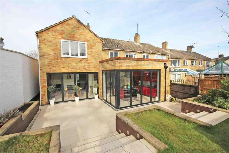 4 Bedrooms End Of Terrace House for sale in Monks Rise, Welwyn Garden City, Hertfordshire
