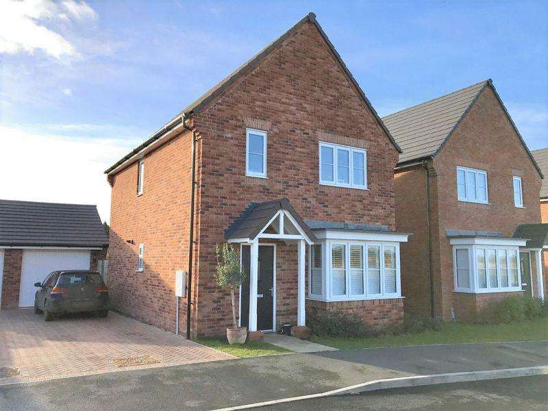 3 Bedrooms Detached House for sale in Barley Fields, Stratford-Upon-Avon