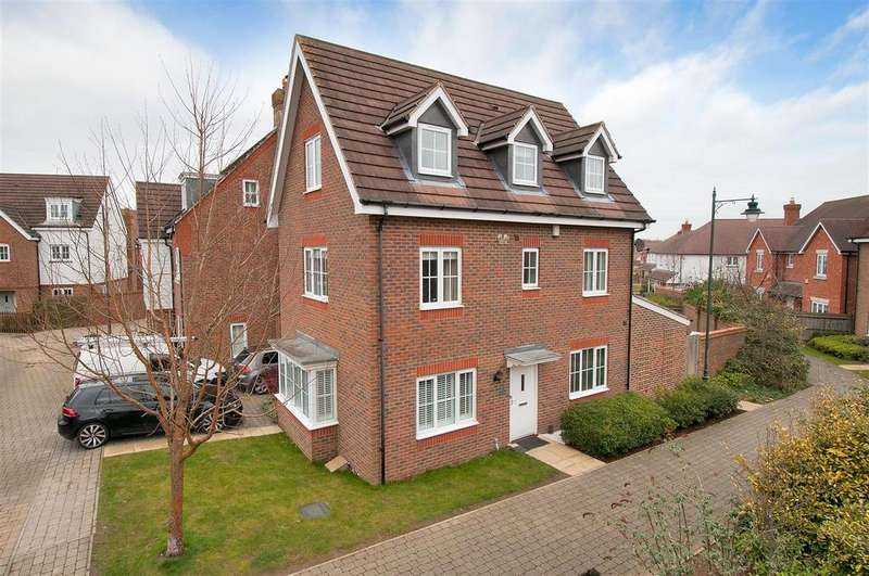 5 Bedrooms Detached House for sale in Ruby Walk, Kings Hill, ME19 4JT