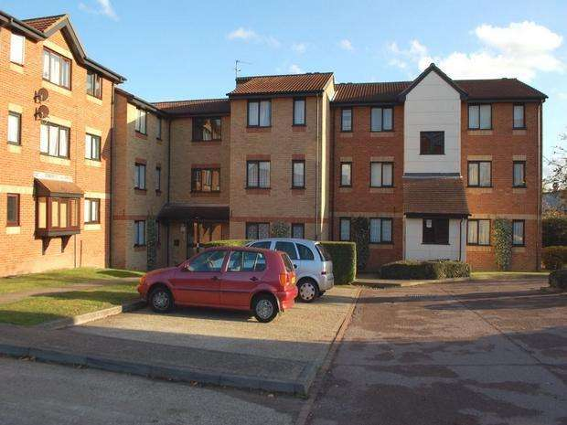 1 Bedroom Apartment Flat for sale in Magpie Close, Enfield