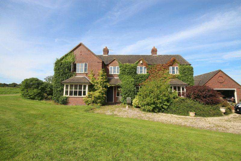 4 Bedrooms Detached House for sale in Hanchurch, Stoke-On-Trent