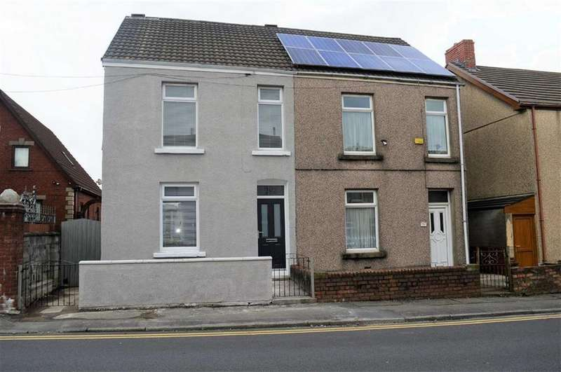 3 Bedrooms Semi Detached House for sale in Middle Road, Swansea, SA5
