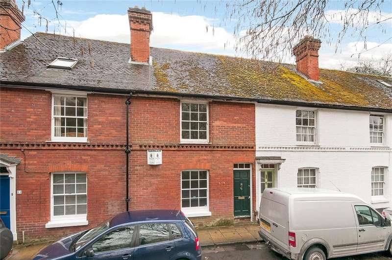 2 Bedrooms Terraced House for sale in Colebrook Street, Winchester, Hampshire, SO23