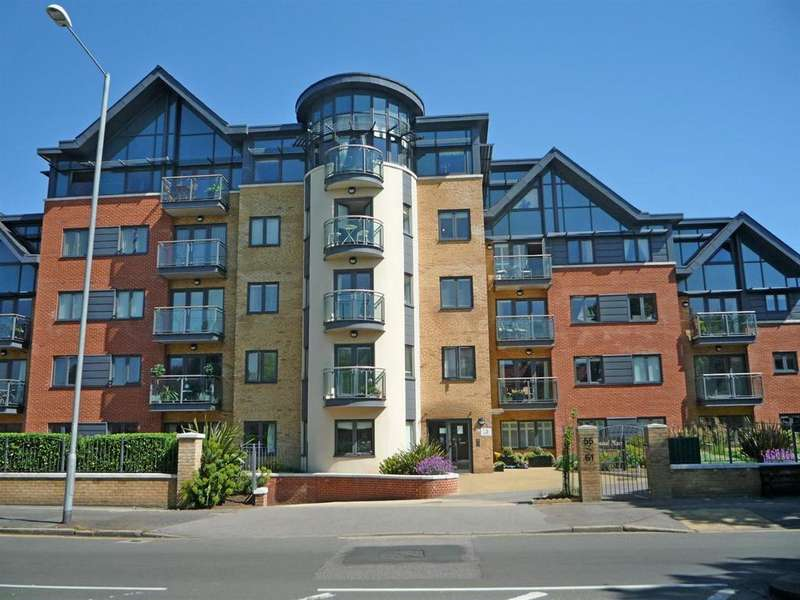 3 Bedrooms Penthouse Flat for sale in Coastal Place, New Church Road, Hove