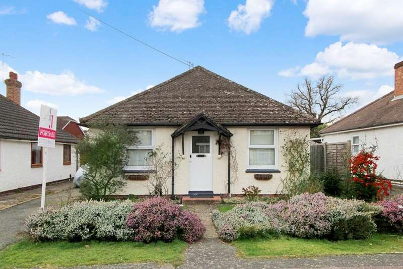 3 Bedrooms Detached Bungalow for sale in Highfield Road , Edenbridge TN8