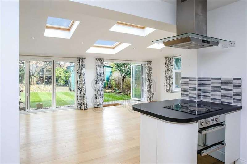 Studio Flat for sale in Dyke Road, Brighton