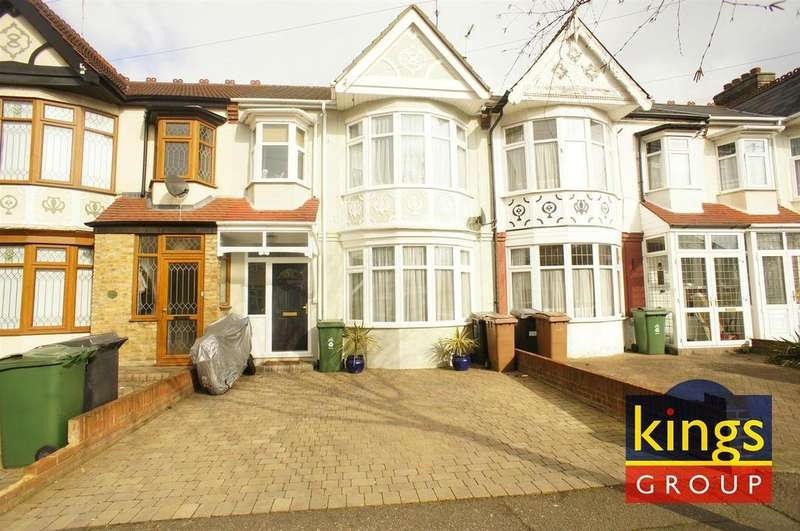 3 Bedrooms Terraced House for sale in Nelson Road, London