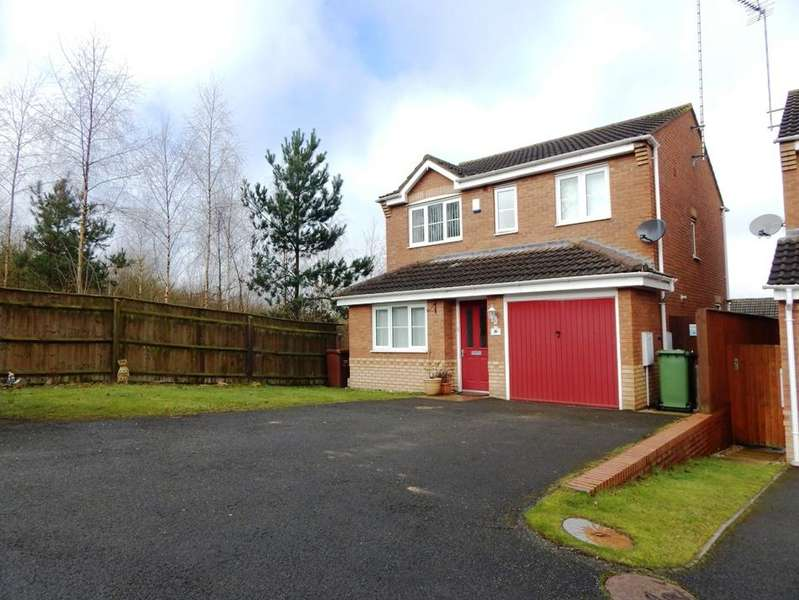 3 Bedrooms Detached House for sale in Wells Close, Rugeley WS15