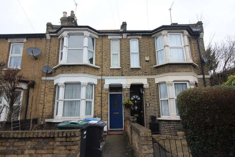 1 Bedroom Flat for sale in Lincoln Road, Enfield