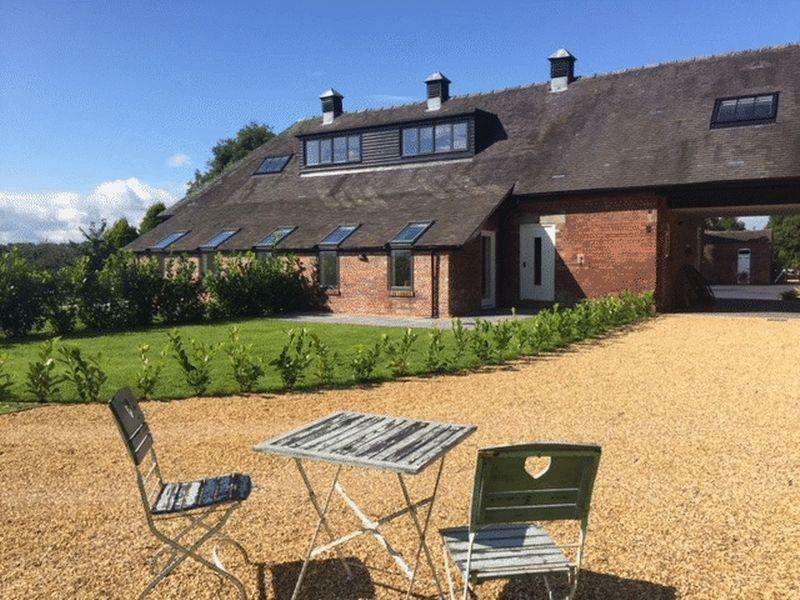 3 Bedrooms Barn Conversion Character Property for sale in Bluebell Barn, Caverswall Lane, Caverswall