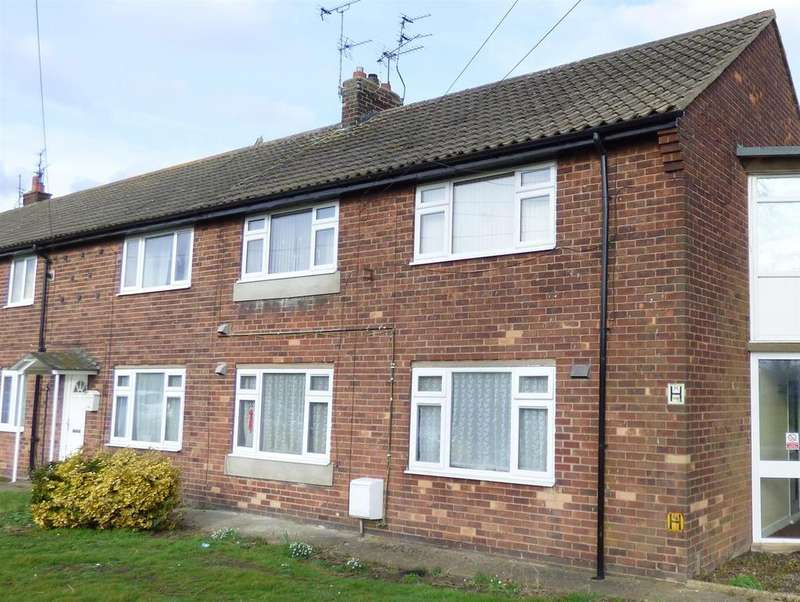 1 Bedroom Flat for sale in Burden Road, Beverley, East Yorkshire, HU17 9LH