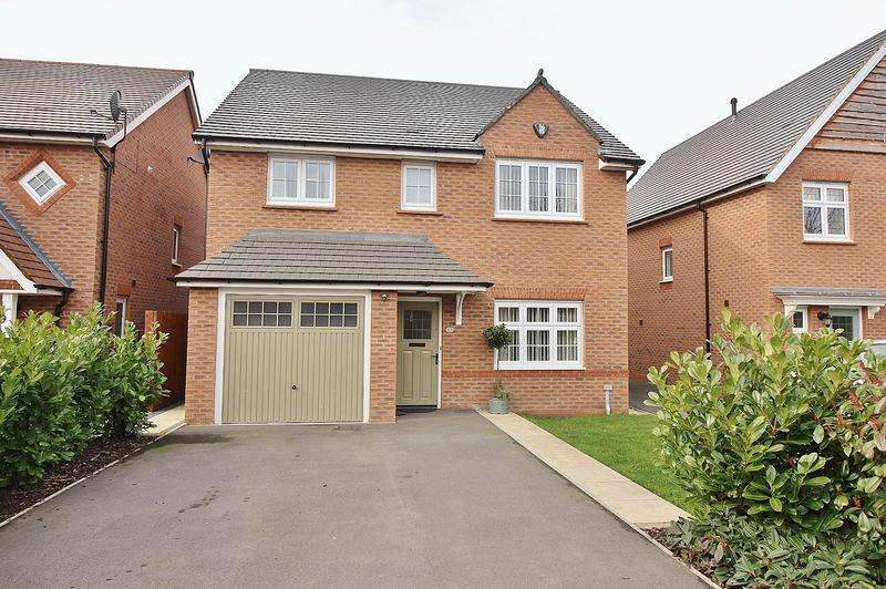4 Bedrooms Detached House for sale in Plover Close, Banks