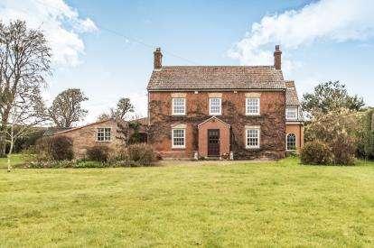 5 Bedrooms Detached House for sale in Burrowbridge, Bridgwater, Somerset