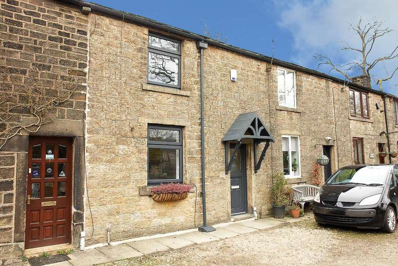 2 Bedrooms Terraced House for sale in Wade Row, Uppermill, Saddleworth