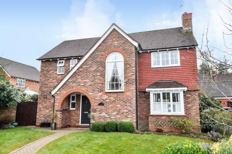 4 Bedrooms Detached House for sale in Belmont Covert, Northfield, Birmingham, B31
