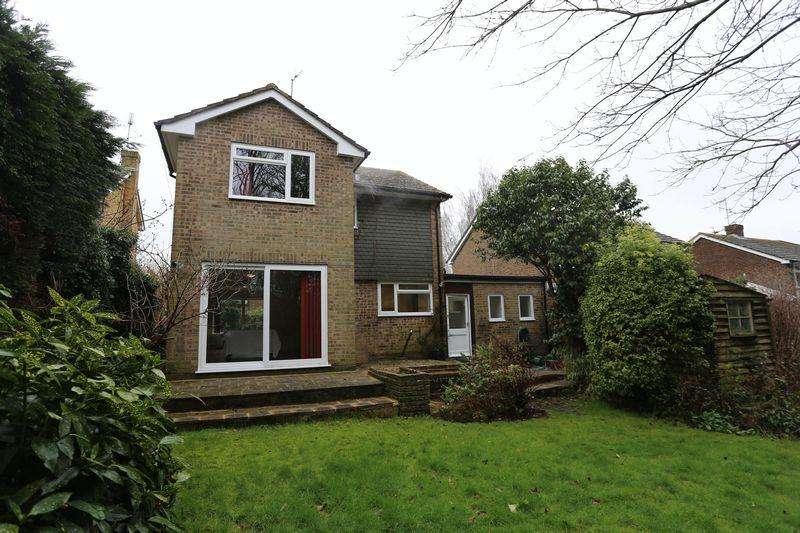 3 Bedrooms Detached House for rent in Wilderness Road, Hurstpierpoint