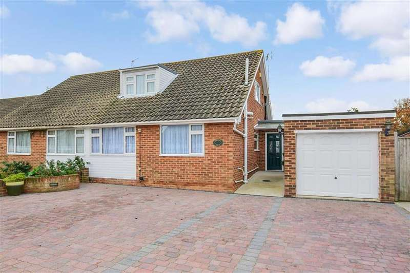 3 Bedrooms Bungalow for sale in Burleigh Close, Rochester, Kent