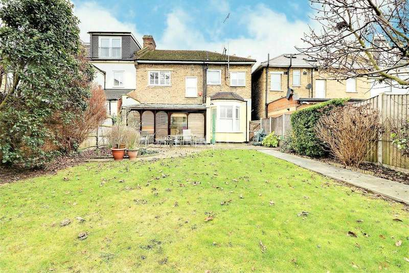 4 Bedrooms End Of Terrace House for sale in Melbourne Road, Ilford, Essex