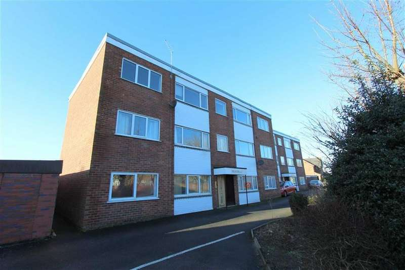 2 Bedrooms Apartment Flat for rent in Heyhouses Lane, Lytham St Annes, Lancashire