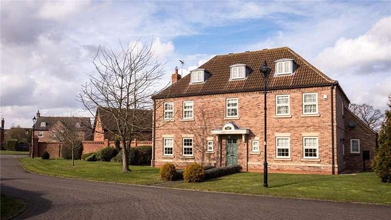 5 Bedrooms Detached House for sale in Glebe Park, Balderton, Newark, Nottinghamshire, NG24