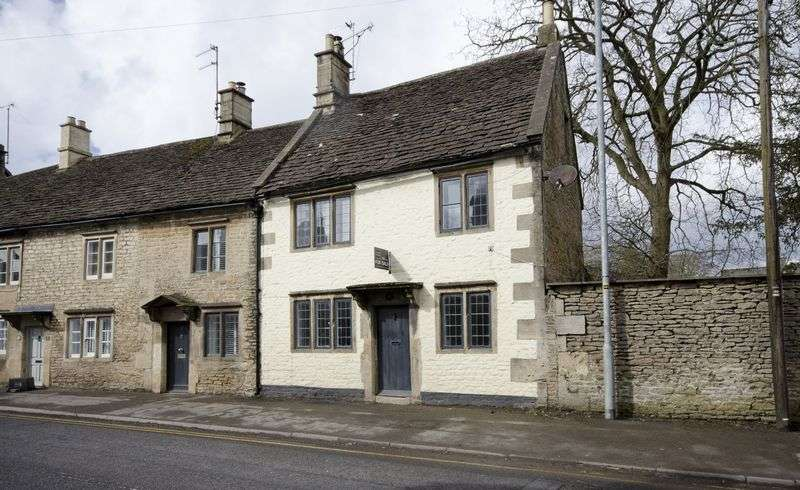 3 Bedrooms Property for sale in Pickwick, Corsham