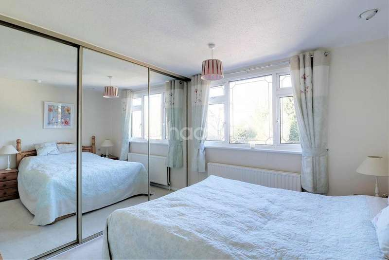 3 Bedrooms Detached House for sale in Villa Road Stanway