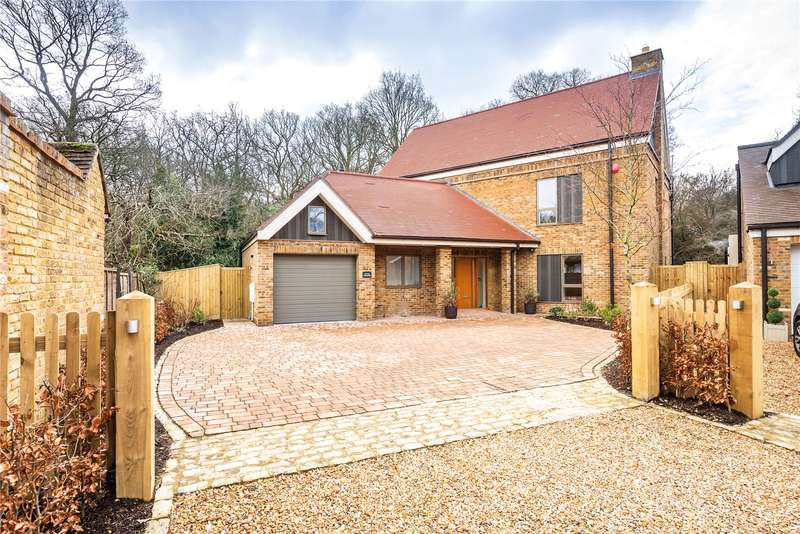 5 Bedrooms Detached House for sale in Little Orchard, Grange Gardens, Farnham Common, Buckinghamshire, SL2