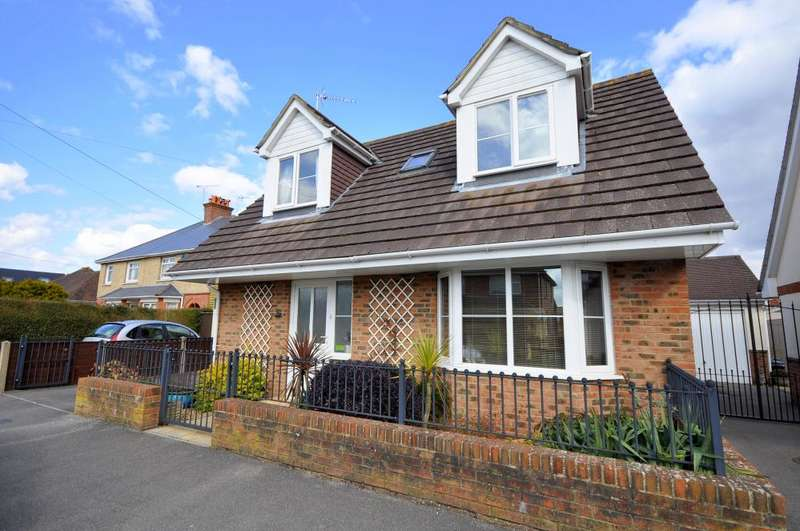 2 Bedrooms Detached House for sale in Seymour Road, Ringwood, BH24 1SG