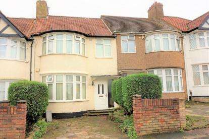 3 Bedrooms Terraced House for sale in Wakemans Hill Avenue, London