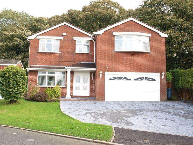 5 Bedrooms Detached House for sale in Woodlands, Beck Grove, Shaw, Oldham, OL2 8NG