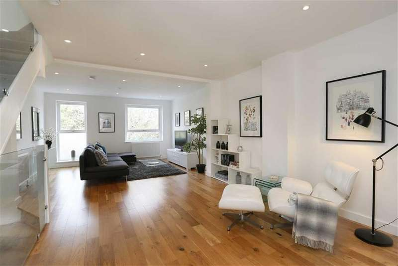 4 Bedrooms Terraced House for sale in Howards Lane, Putney, SW15